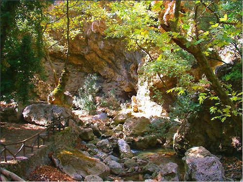 In der Agios-Antonios-Schlucht